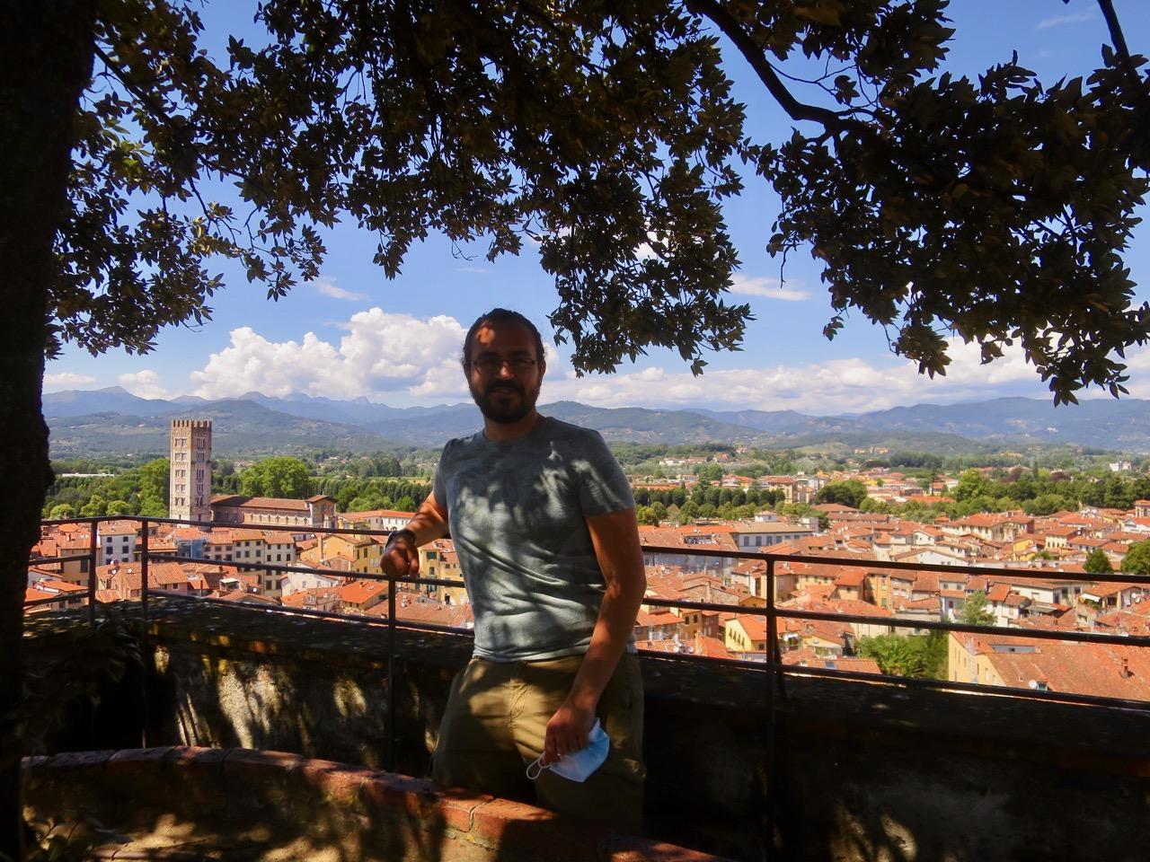 Lucca 1 18