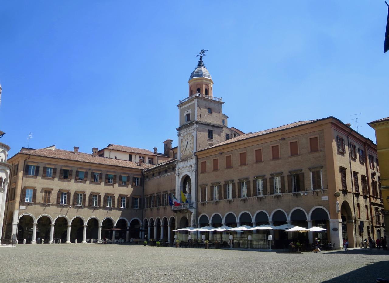 Modena 1 18