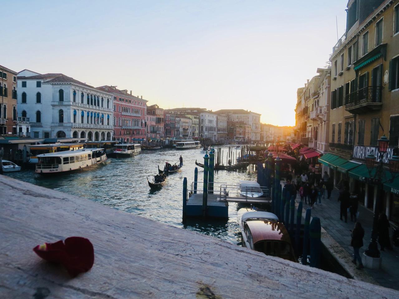 Veneza 2 25