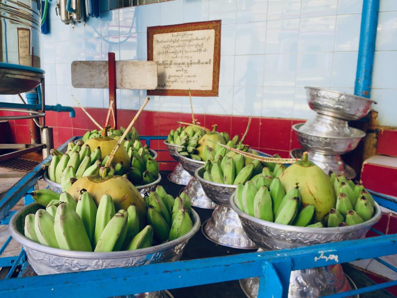 Onibus em Myanmar 1 06