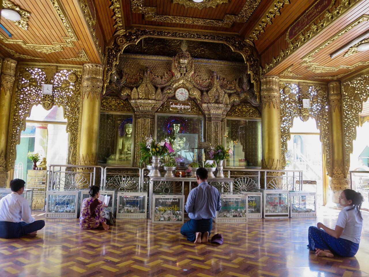 Onibus em Myanmar 1 08