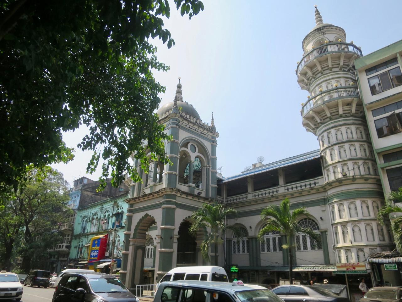Onibus em Myanmar 1 11