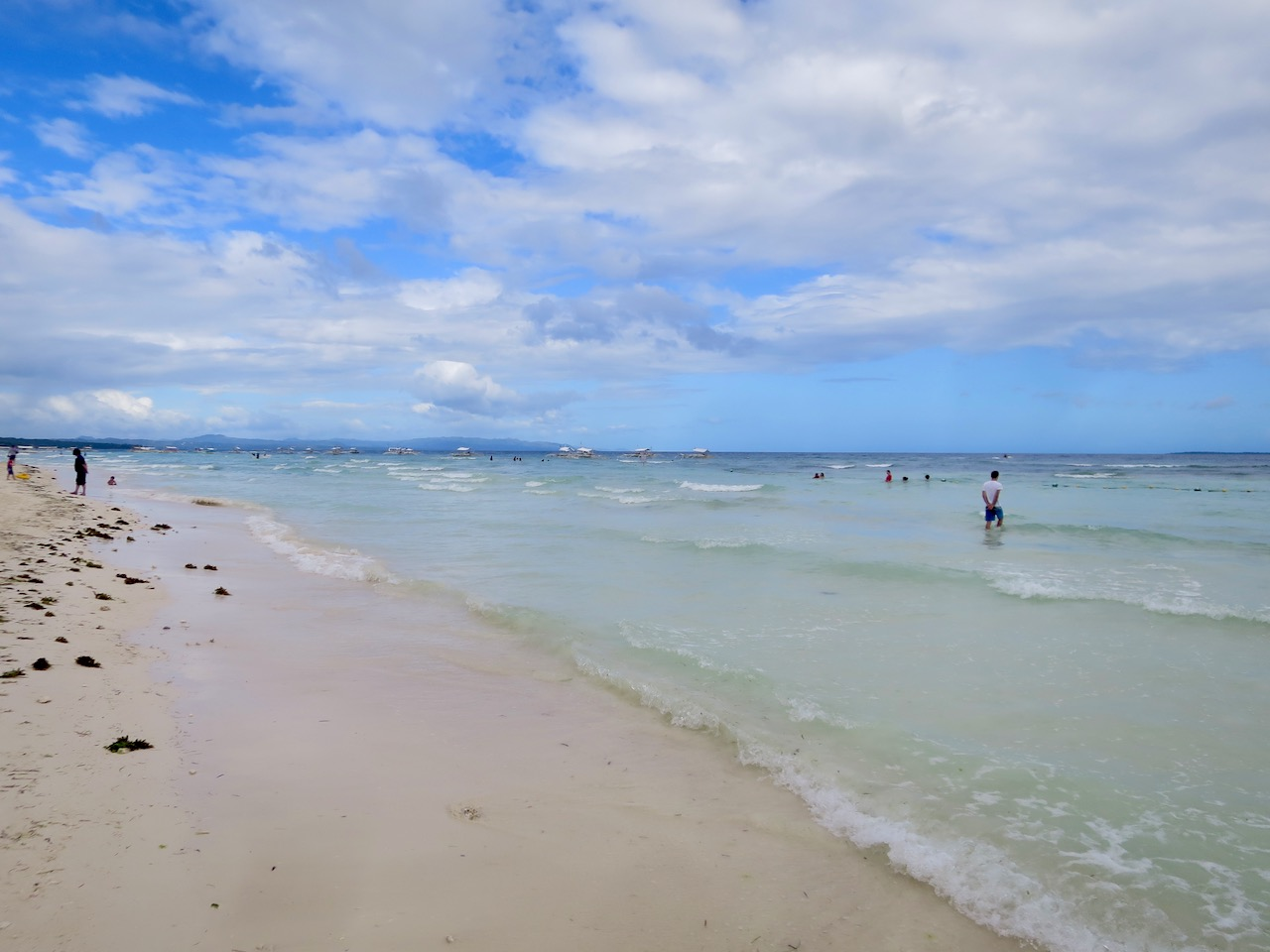 Alona Beach 1 35