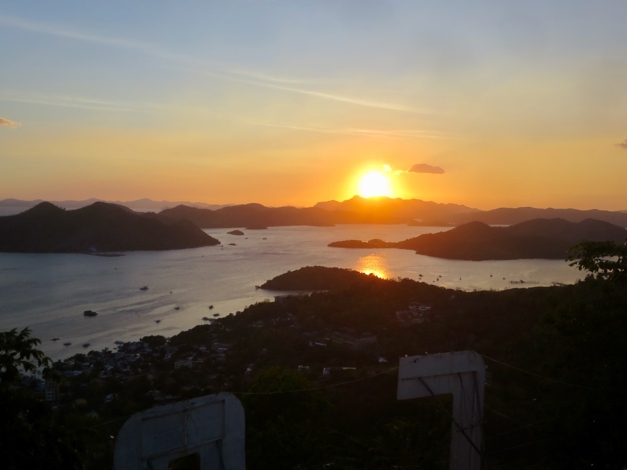 Pôr do sol em Coron