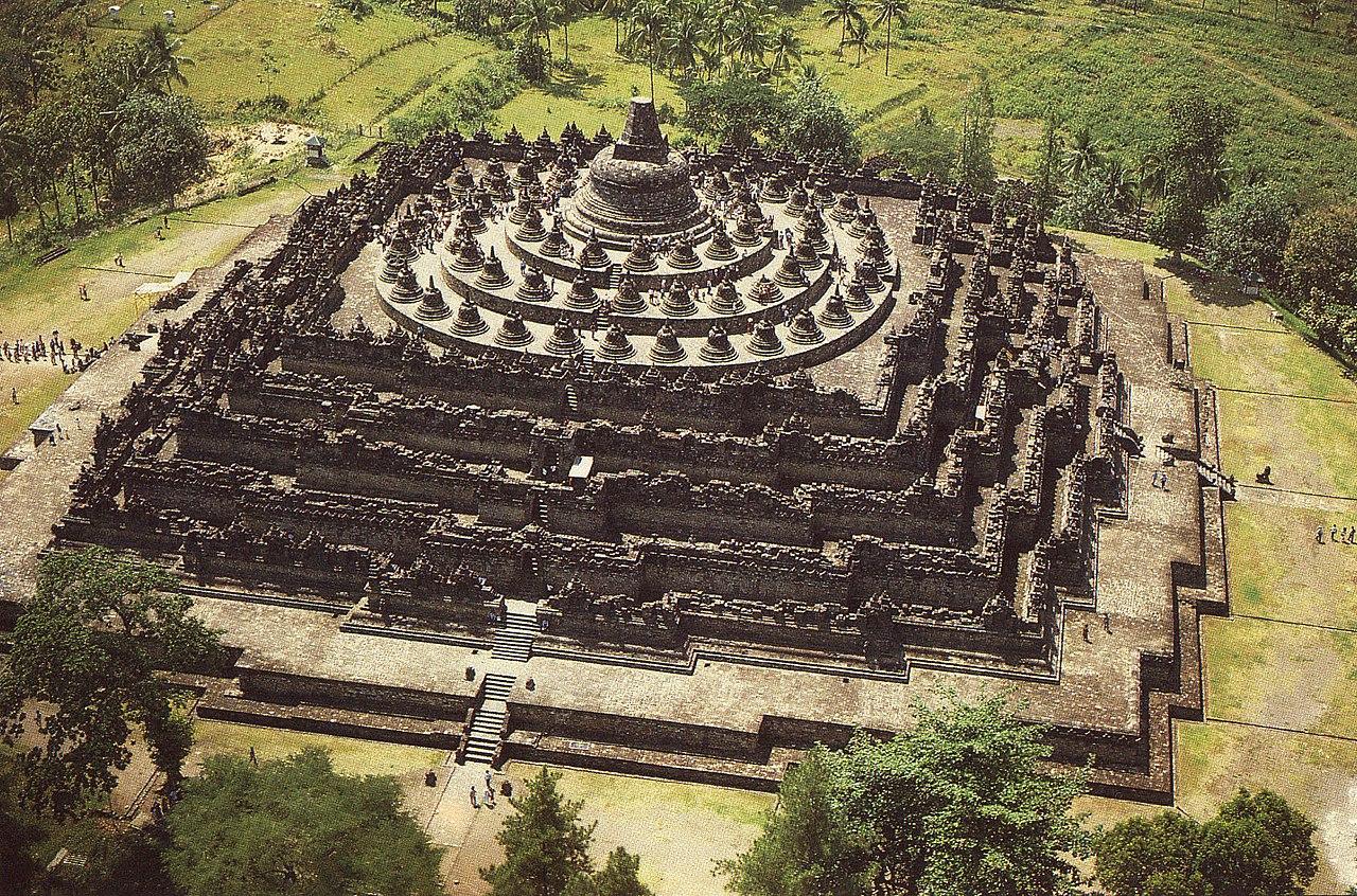 Vista aérea do Templo de Borobudur