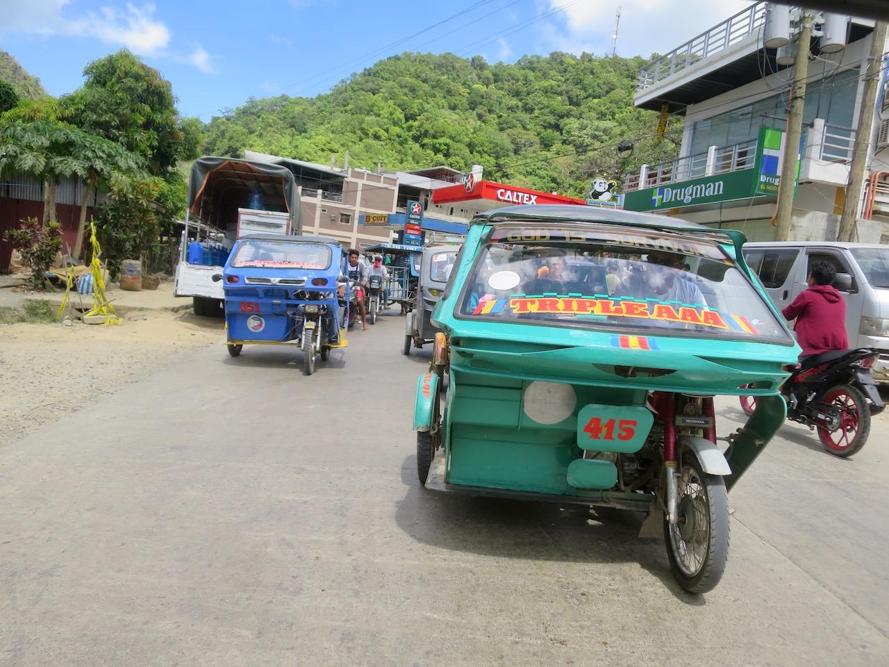 Triciclos nas Filipinas