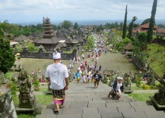 Bali 2 02