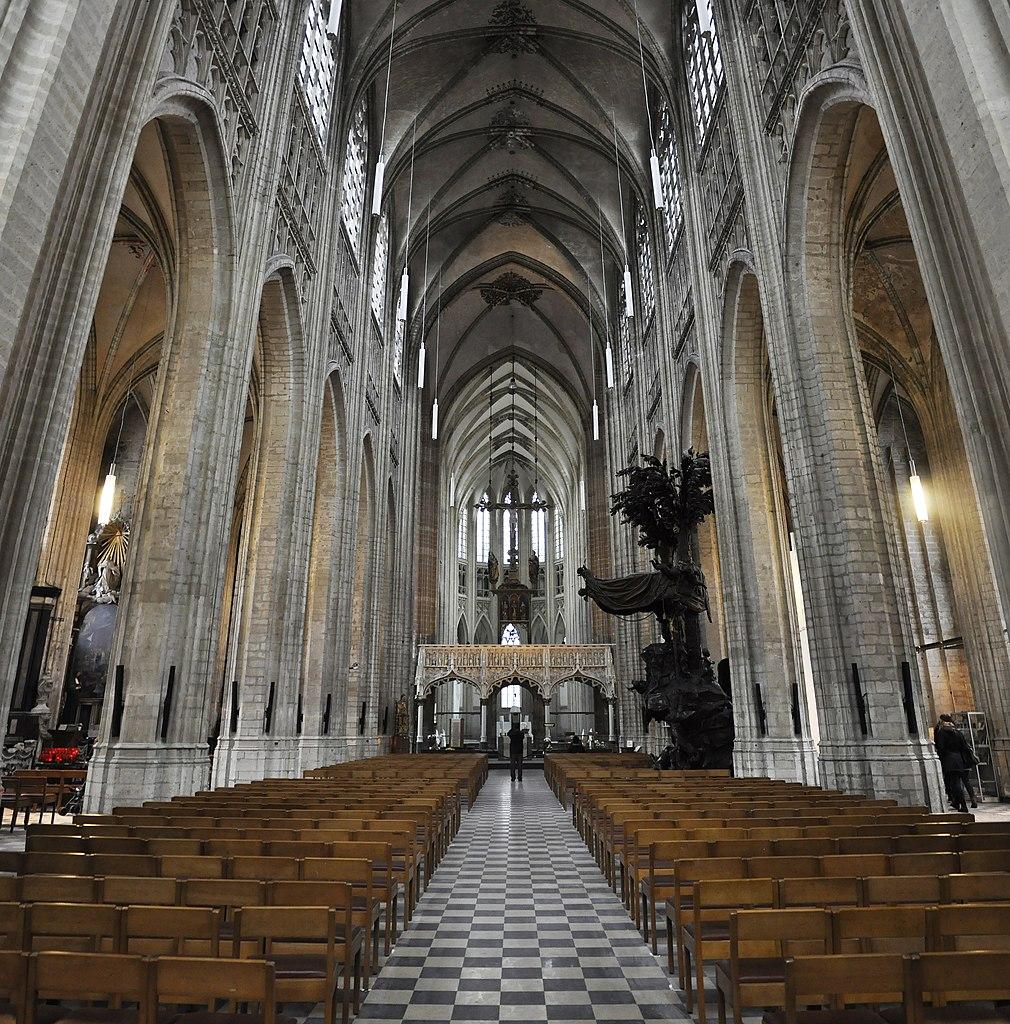 1010px Leuven Sint Pieterskerk