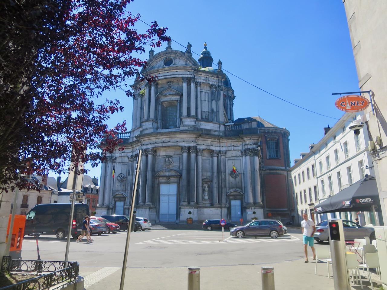 Namur 1 10