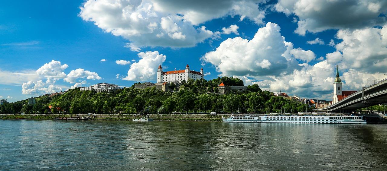Bratislava 1 28