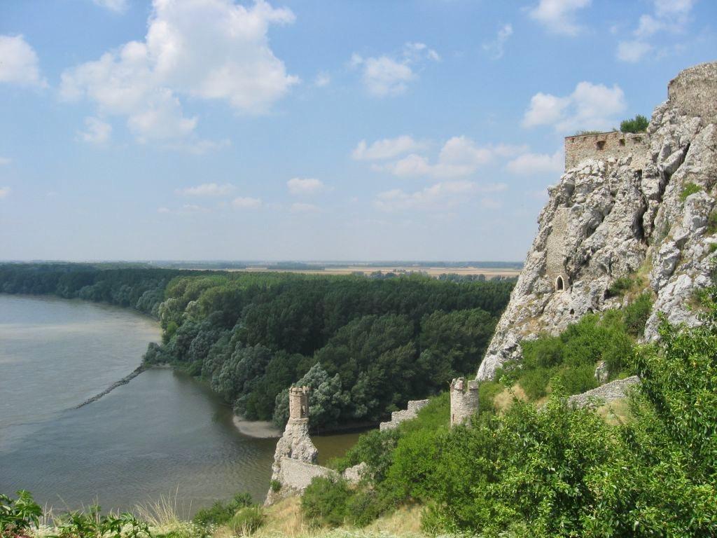 Bratislava 1 33
