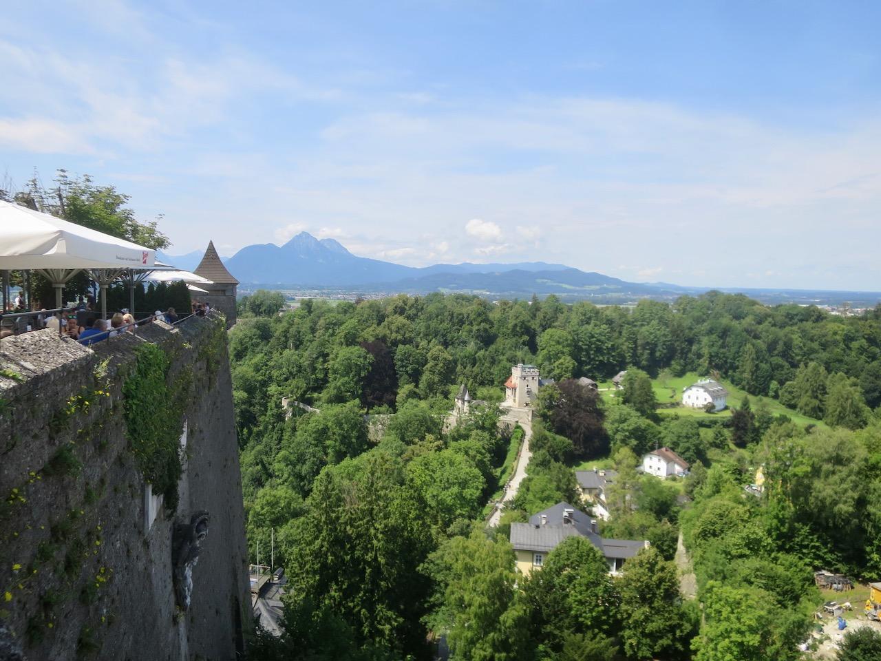 Vista do alto da fortaleza de Salzburgo