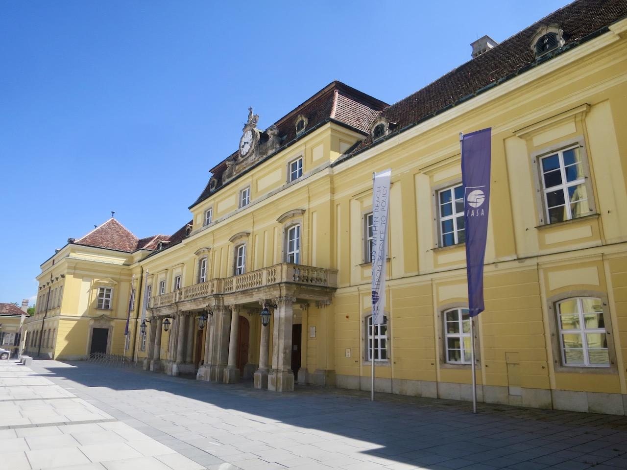 Laxenburg 1 04