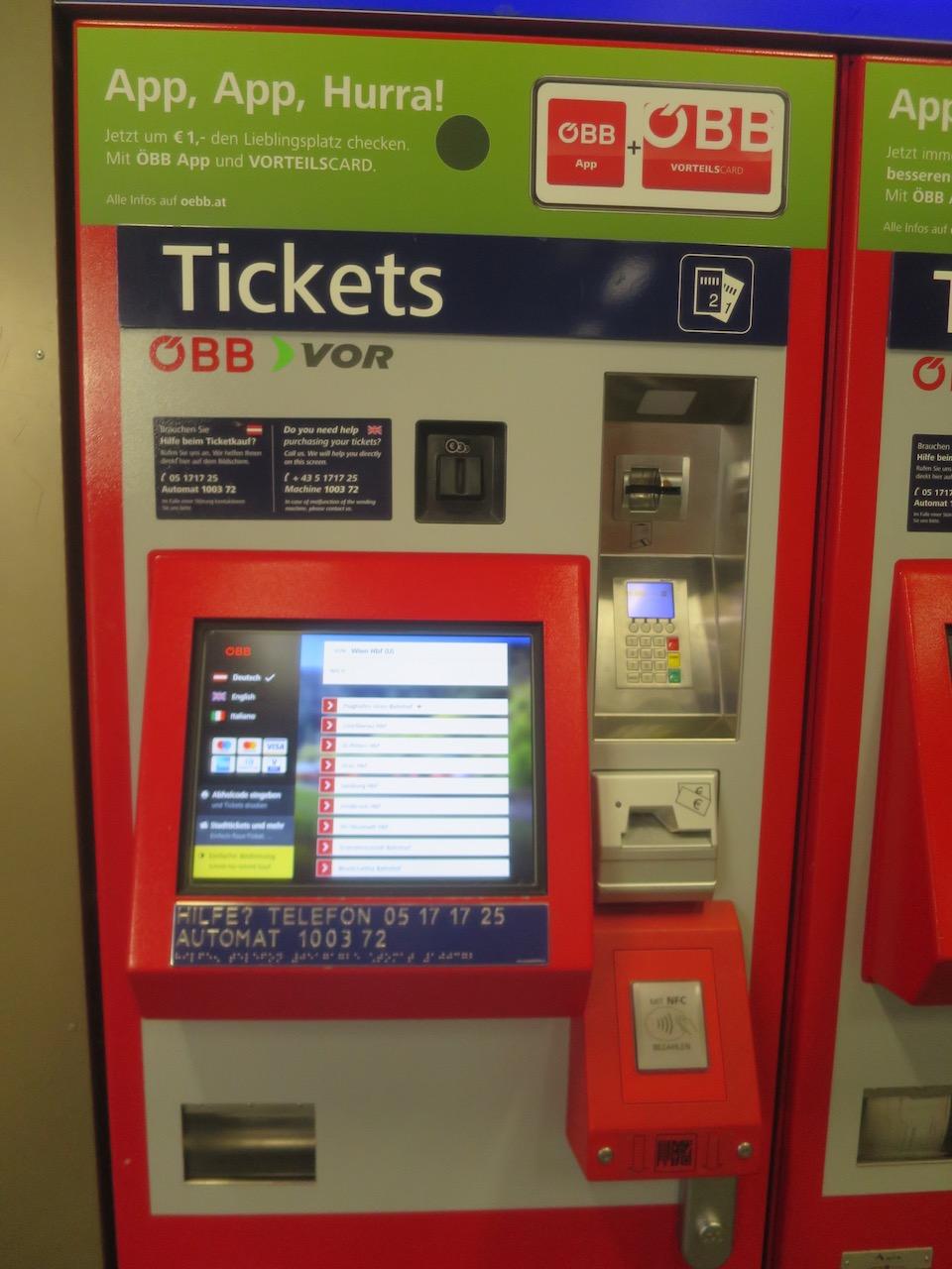 Máquina de venda de bilhetes de trens na Áustria