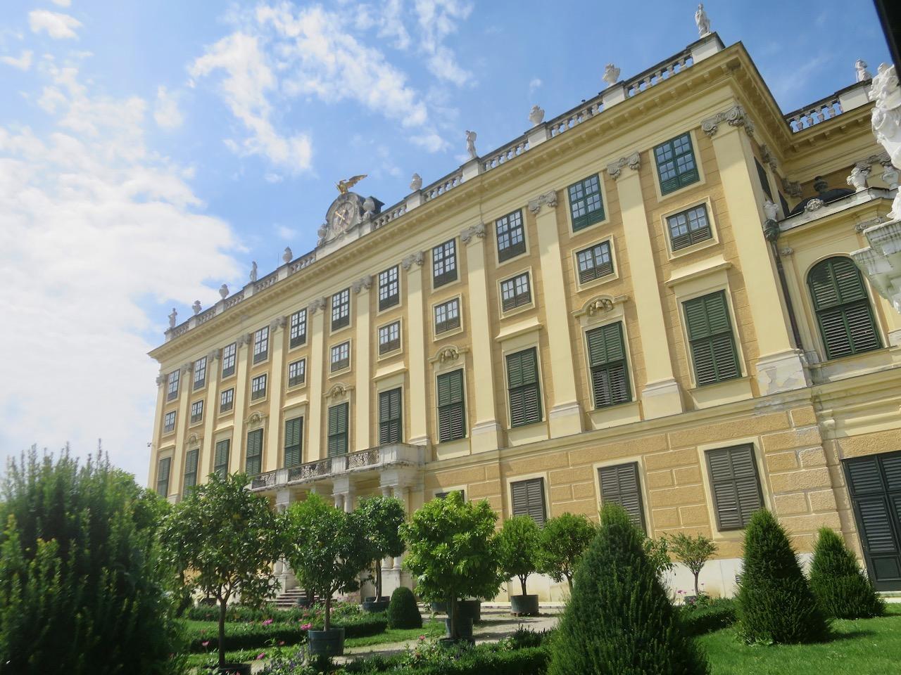 Schonbrunn 1 09